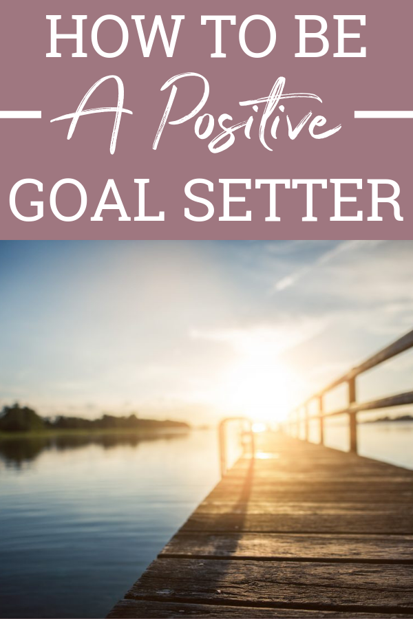 Setting positive goals isn't difficult, but it does take persistence. If you want to make a change, you can! Change your goal setting outlook! #yourhautemess #positivegoals #healthymind