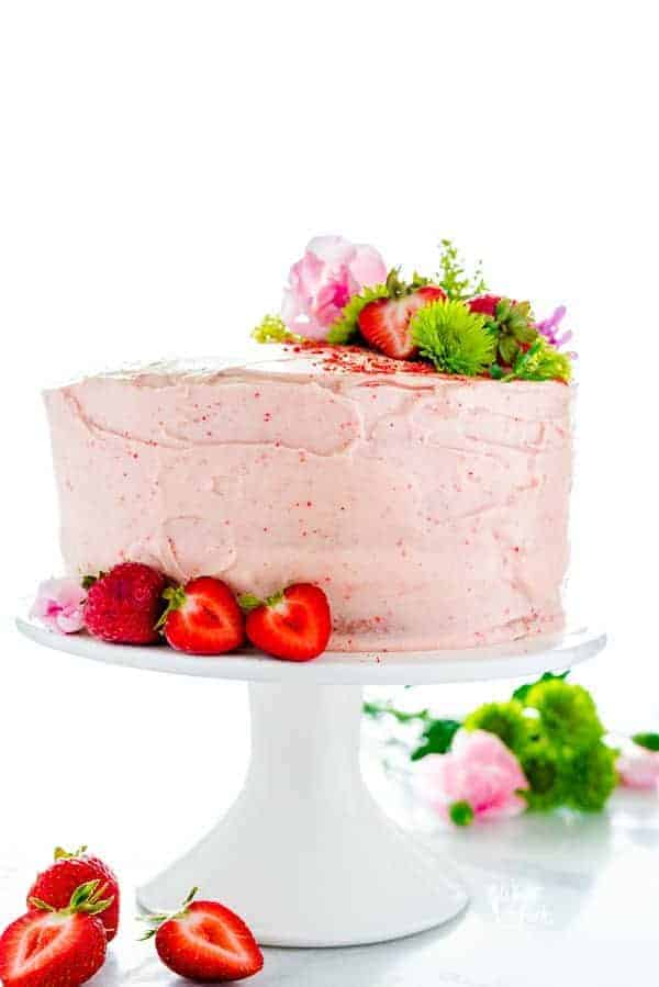 gluten free strawberry cake from what the fork food blog